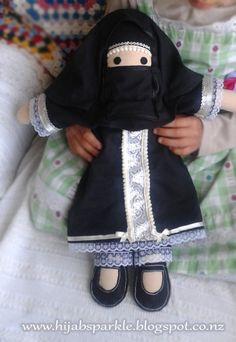 Hijab Sparkle: Muslim Dolls