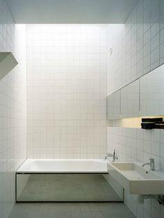 mirrored tub