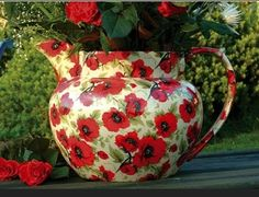 This large jug is stunning, available in various sizes.