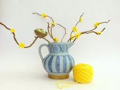 Lazy Daisy Jones how to crochet some spring blossom and pretend spring is here! http://www.lazydaisyjones.com/2015/02/how-to-crochet-spring-blossom.html