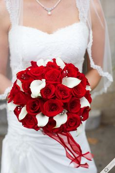 Red and white bouquet - New York Wedding Photography by Silverfox Weddings - photography, cinematography, and entertainment. Red Wedding Flowers, White Wedding Bouquets, Bride Bouquets, Bridesmaid Bouquet, Floral Wedding, Red Flowers, Red And White Weddings, Dream Wedding, Wedding Day