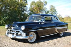 This old Chevy was a southern car which was always stored indoors. It& been meticulously maintained and is in top shape mechanically. Paint is the original . Chevrolet Bel Air, 1954 Chevy Bel Air, Vintage Cars, Antique Cars, 50s Cars, Barrett Jackson Auction, Car Painting, Station Wagon, Sweet Memories