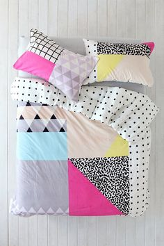 So getting this for Harper's new Big Girl bed and room...ordering it ASAP. Assembly Home Pattern Block Duvet Cover