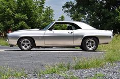 Weather you like old or new Camaros, if you thinking about buying one check out these amazing Camaros. Leave a comment on the car you like the most. Share