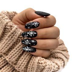 Xmas Nail Art, Cute Christmas Nails, Christmas Nail Art Designs, Xmas Nails, Holiday Nails, Carnival Nails, Seasonal Nails, Indigo Nails, Fire Nails