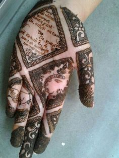 Moreover it is important to pick the Latest and Beautiful Henna Bridal mehndi designs that can give you the best nature of the designs along with Images . Arabic Bridal Mehndi Designs, Pakistani Mehndi Designs, Mehndi Designs Book, Modern Mehndi Designs, Mehndi Design Pictures, Mehndi Designs For Fingers, Stylish Mehndi, Before Wedding, Henna Diy