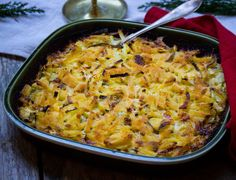 Vegetarisk Jansson med cornichons | Recept från Köket.se Paella, Macaroni And Cheese, Curry, Vegetarian, Low Carb, Menu, Ethnic Recipes, Food, Pickles