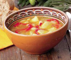 Traditional veggies and potatoes broth Romanian Food, Food Categories, Supe, Chili, Good Food, Veggies, Potatoes, Traditional, Cooking