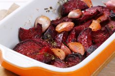 Beets Are A Superfood With Good Reason! Easy Thanksgiving Sides, Veggie Recipes, Healthy Recipes, Healthy Foods, Roasted Beets, Vegetable Sides, Pot Roast, Diy Food, Tasty Dishes