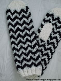 Fair Isle Knitting, Crochet, Gloves, Sewing, Crafts, Fingerless Gloves, Tricot, Dressmaking, Manualidades