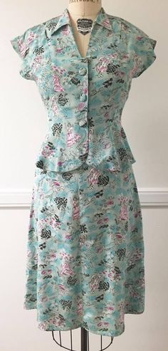 Trashy Diva Bettie blouse and Bustle skirt in Aqua Ladies, photo: Christina Traister