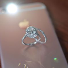 Oval Halo Engagement Ring and Wedding Band. #weddingring