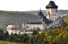 Karlštejn Castle, a beautiful gothic castle in the Czech Republic Places Around The World, The Places Youll Go, Places To Visit, Around The Worlds, Beautiful Castles, Beautiful Buildings, Beautiful Places, Modern Buildings, Gothic Castle