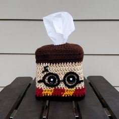 Harry Potter Pillow, Harry Potter Crochet, Harry Potter Items, Crochet Cozy, Crochet Geek, Tissue Box Covers, Tissue Boxes, Knitting Projects, Crochet Projects