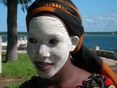Traditional Native Girl on Ibo Island, Mozambique Native Girls, Travel List, Archipelago, Woman Painting, African Art, Worship, Hold On, Facial, National Parks