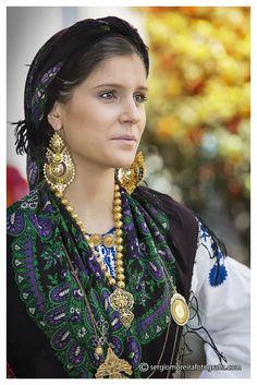 Beleza e tradição by Sérgio Moreira - Fotografia de família  on 500px