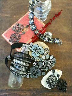 Collane bracciali orecchini grigio e nero Vetrina #sabinanosmokingsibijou mercati #Cesena #Cervia #Cesenatico