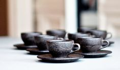 Coffee cups and saucers from used coffee grounds, and they call it Kaffeeform.