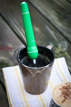 Pumkin latte + mini frother for foamy milk