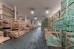 Οι αποθήκες της Showood! Texture, Wood, Crafts, Surface Finish, Manualidades, Woodwind Instrument, Timber Wood, Trees, Handmade Crafts