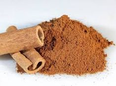 use cinnamon powder as a natural ant repellent Superfood, Cinnamon Benefits, Ceylon Cinnamon, Cinnamon Powder, Home Remedies For Acne, Old Fashioned Recipes, Survival Food, Urban Survival, Wilderness Survival