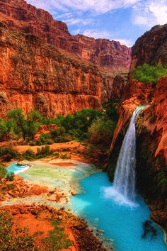Havasu Falls in the Havasupai Indian Reservation, Grand Canyon: Havasupai means people of the blue-green waters.