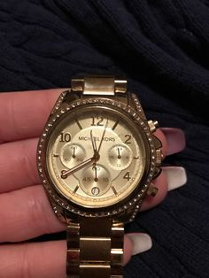Michael Kors Wrist Watch for Women Michael Kors Purses Outlet, Michael Kors Tote, Michael Kors Watch, Gold Watches Women, Mk Handbags, Branded Bags, Fashion Brand, Satchel, Women Bags