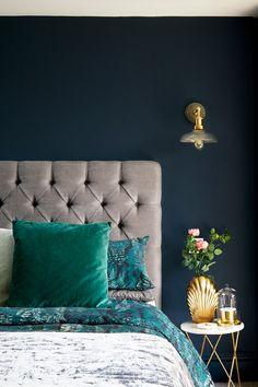 Interior design ideas, best interior design projects, home interior design Blue And Gold Bedroom, Dark Blue Bedrooms, Silver Bedroom, Blue Walls, Bedroom Loft, Home Decor Bedroom, Bedroom Furniture, Bedroom Ideas, Master Bedroom