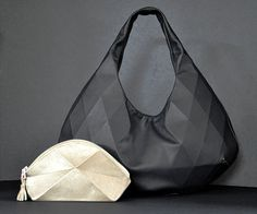 Black Leather Hobo van larakazis op Etsy, $391.00