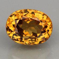 Garnet Jewelry, Garnet Gemstone, Gemstone Jewelry, Types Of Gems, Rare Gemstones, Gold Eyes, Rock Collection, Golden Yellow, West Africa