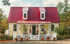 17 pretty house plans with porches Garden Home Cottage - Plan No. 1859 Curb appeal starts the front porch. This house is all about using ordinary things in an extraordinary way. It's an eco-friendly cottage that is in keeping with the traditions of the pa Porch House Plans, Small House Plans, Cabin Plans, Porch Roof, Front Porches, Small Cottages, Cabins And Cottages, Little Cottages, Small Cabins