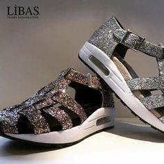 Ain't no Sunshine When She is gone :) #susanatraca #libasizmir #shoes #ayakkabı #kadınayakkabı #womenshoes #tarz #moda #instafashion #onlineshop #onlinealisveris