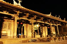 Lugang Longshan Temple, Taiwan 鹿港龍山寺 夜拍, via Flickr.
