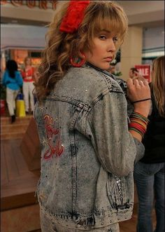 How I met your mother - Robin Scherbatsky - Robin Sparkles - Cobie Smulders - HIMYM How I Met Your Mother, Tumblr Outfits, Mode Outfits, Retro Outfits, Disfarces Halloween, Halloween Costumes, Street Style Photography, 1980s Costume, Rock Costume