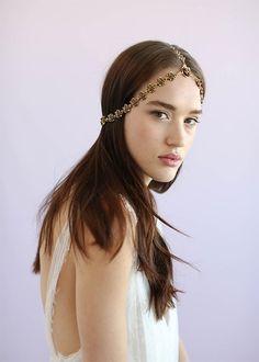 11 Gorgeous Wedding Hairpieces (That Aren't Flower Crowns!) | Brides.com