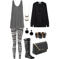Printed leggings outfit for fall with black and gold