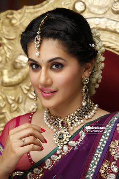 South Indian actress Taapsee Pannu best picture and wallpaper gallery. Best hd image of actress Taapsee Pannu. South Indian Bride, Indian Bridal, Bridal Looks, Bridal Style, Wallpaper Free, Taapsee Pannu, Actrices Hollywood, Costume, Beautiful Indian Actress