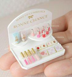 Miniature Manicure Set ♡ ♡ By Bonne Chance Ensemble de manucure miniature ♡ By Good Luck Doll Crafts, Cute Crafts, Diy And Crafts, Crafts For Kids, Paper Crafts, Canvas Crafts, Miniature Crafts, Miniature Dolls, Miniature Tutorials