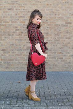I'm not keen on these days that aren't summer or autumn, or I guess, they're somehow both? My Outfit, Autumn, Shirt Dress, My Style, Day, Clothing, Vintage, Outfits, Dresses
