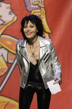 Here's Hoping Joan Jett's Hair Never Goes Out Of Style