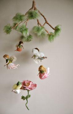 Kinderen mobiele voorjaar feeën Waldorf Geïnspireerd door MagicWool