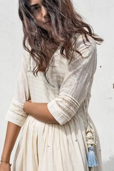 'i love twirling' Angrakha – 'इत्र' by Khyati Pande Pakistani Dresses, Indian Dresses, Indian Outfits, Kurti Neck Designs, Blouse Designs, White Embroidered Dress, Sleeves Designs For Dresses, Desi Wear, Outfit