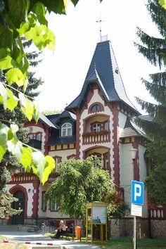 Najciekawsze atrakcje turystyczne w Kudowie-Zdroju i okolicach - http://www.wakacja.com.pl/najciekawsze-atrakcje-turystyczne-kudowie-zdroju-okolicach/
