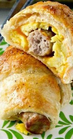 Homemade Sausage, Egg and Cheese Breakfast Roll-Ups!  These are perfect for a quick and easy breakfast on the go!  You can even make them in advance and store them in the freezer.