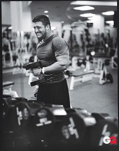 Tim Tebow Working Out (2010)