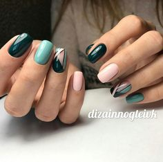 The beautiful nail art design done on your nails enhances the beauty of your hands. With your gorgeous nail art, you will want to seek the attention of everyone on your personality. Nail art can be done beautifully if you have long and well-filed nails. Short Nail Designs, Best Nail Art Designs, Gel Nail Designs, Nails Design, Geometric Nail, Geometric Shapes, Nail Swag, Super Nails, Green Nails