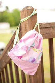 Sew Charming by Becky: Beach Bag Tutorial