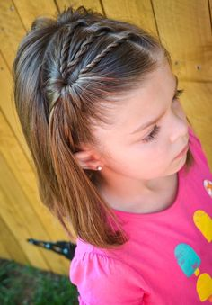 Mädchen-Frisuren für Kinder # Frisuren - Mode fille: toutes les idées et les tendances Little Girl Haircuts, Baby Girl Hairstyles, Hairstyles For School, Cute Hairstyles, Hairstyle Ideas, Gorgeous Hairstyles, Hair Ideas, Teenage Hairstyles, Kids Hairstyle
