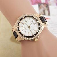 La nueva marca de lujo de relojes de diamantes de la moda números romanos damas de acero reloj de cuarzo , vestido de las mujeres relojes de regalo Relogios