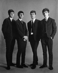 The Beatles A. Kircher (just 'cause! Beatles Guitar, Les Beatles, John Lennon Beatles, Beatles Poster, Great Bands, Cool Bands, John Lennon Paul Mccartney, Music Genius, Beatles Photos